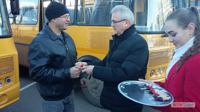 В Мокшанский район поступил новый школьный автобус